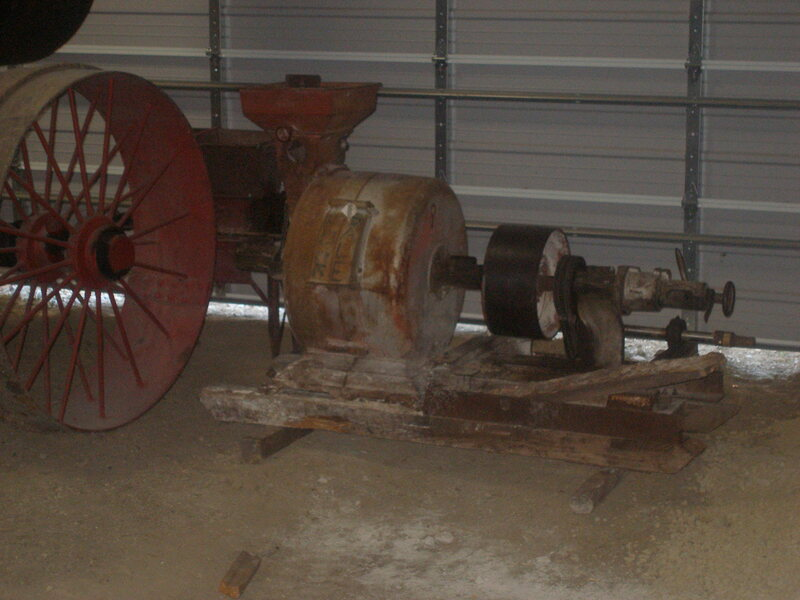Large Stone Grain/Flour Mill - Takes Power to Run