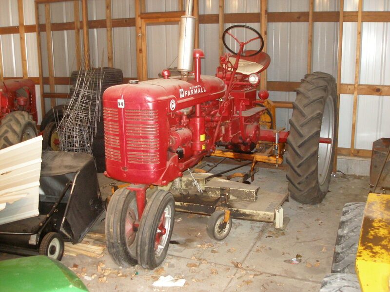 1953 Farmall Supper C with Mower21-24 HP