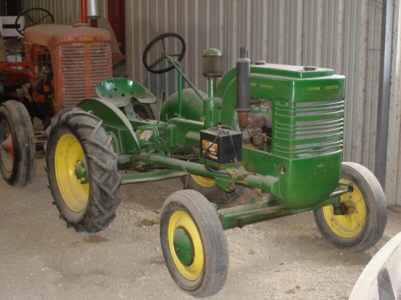 1942 John Deere LI 9-10 HP