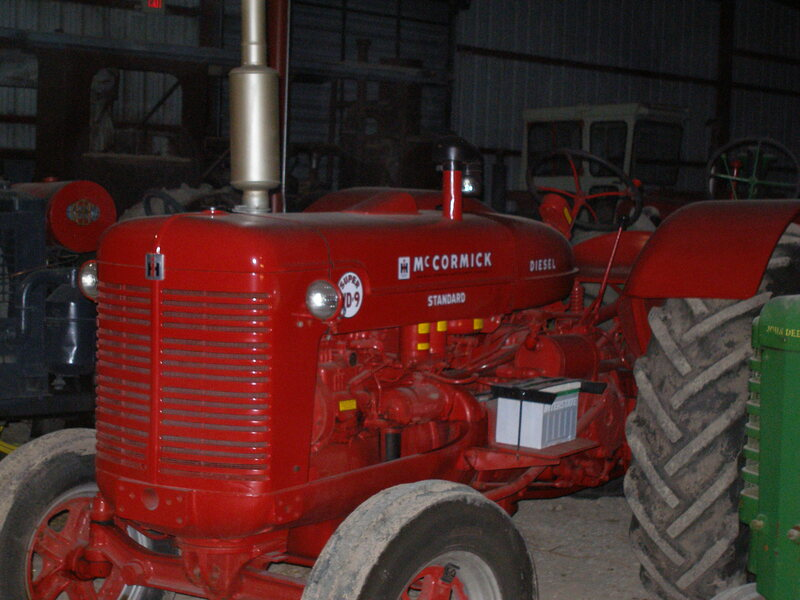 Farmall WD9 42-46 HP