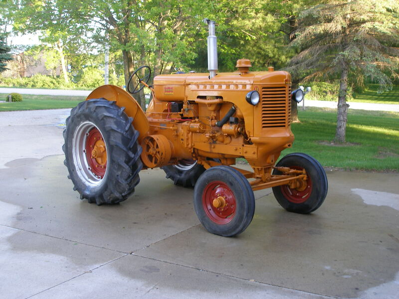 1949 Minneapolis Moline UTS 39 - 42 HP