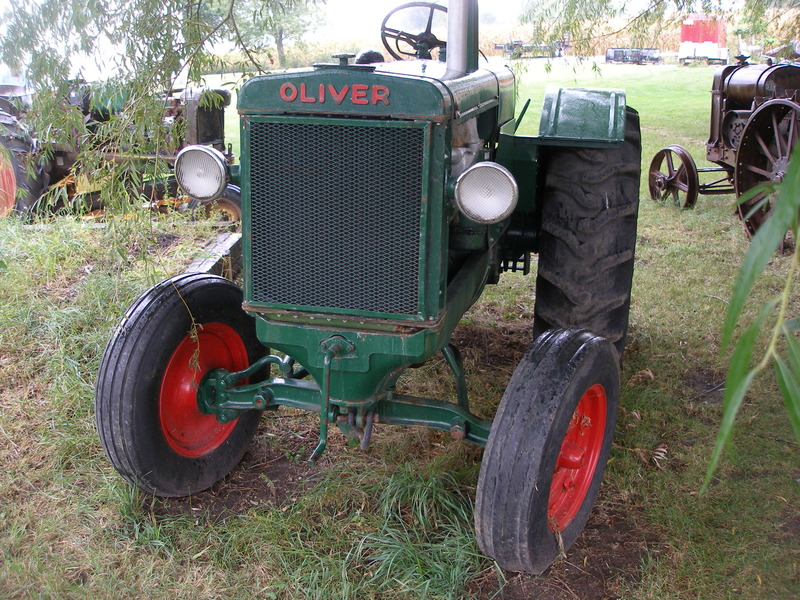 Oliver 90 22 - 44 HP