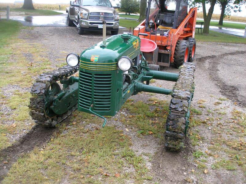 1945 Oliver Cletrac HG Crawler 22 - 25 HP